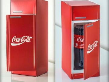 Coca-Cola kartongist külmik